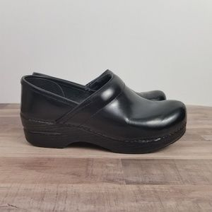 DANSKO Black Cabrio Professional Clogs Shoes 37